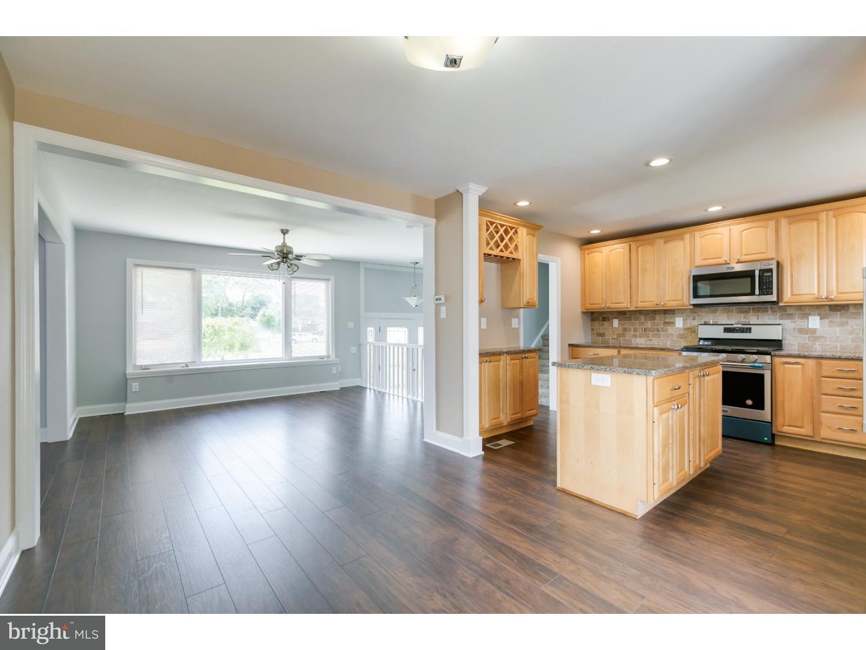 Einfamilienhaus für Verkauf beim 229 CHESTER Avenue Bellmawr, New Jersey 08031 Vereinigte Staaten