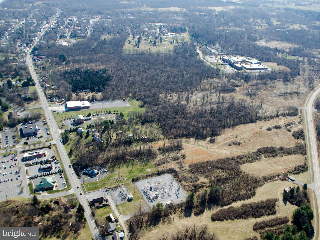 Land voor Verkoop een t 7948 Martinsburg Pike 7948 Martinsburg Pike Shepherdstown, West Virginia 25443 Verenigde Staten