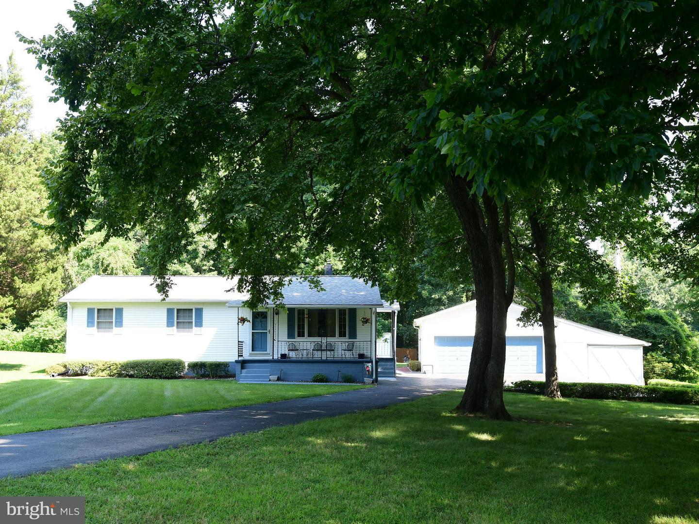 Single Family for Sale at 40470 Frederick Ln Loveville, Maryland 20656 United States