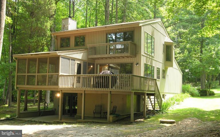 Moradia para Venda às 264 Moody Creek Road 264 Moody Creek Road Bumpass, Virginia 23024 Estados Unidos