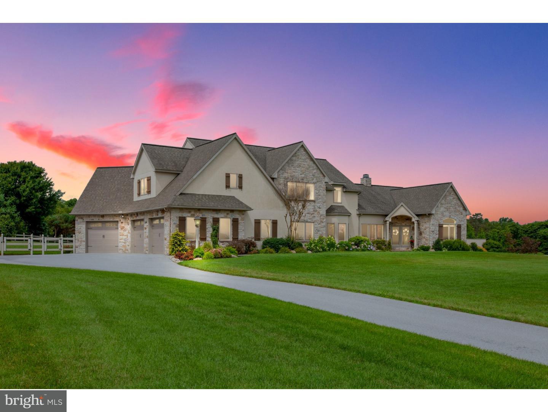 独户住宅 为 销售 在 803 N REEDS Road Downingtown, 宾夕法尼亚州 19335 美国