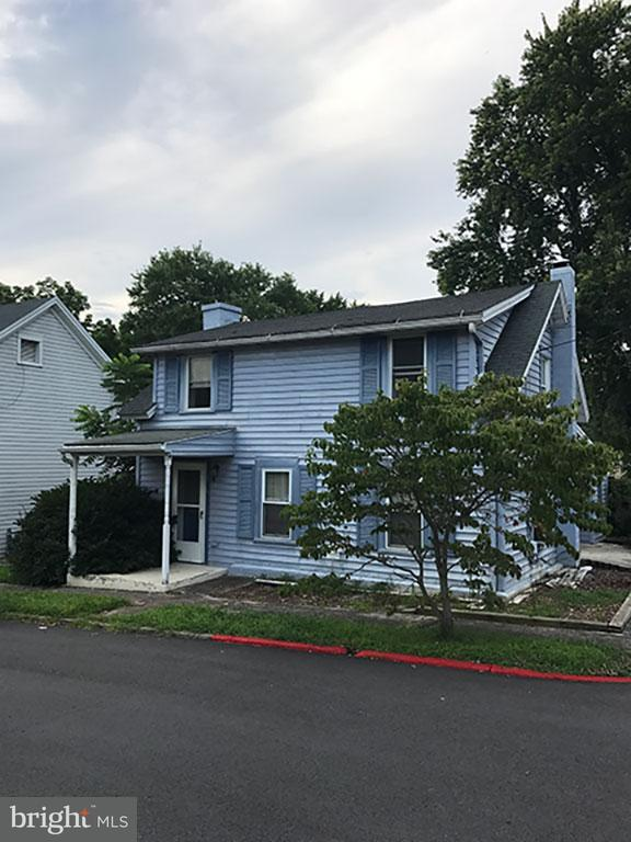 Single Family for Sale at 2 E Poplar St Funkstown, Maryland 21740 United States