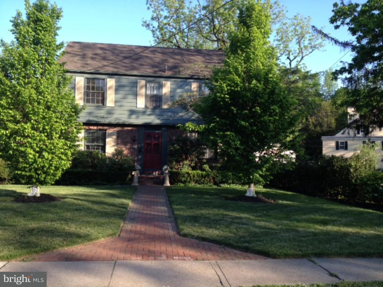 Vivienda unifamiliar por un Alquiler en 6 E CHESTNUT Street Bordentown, Nueva Jersey 08505 Estados Unidos
