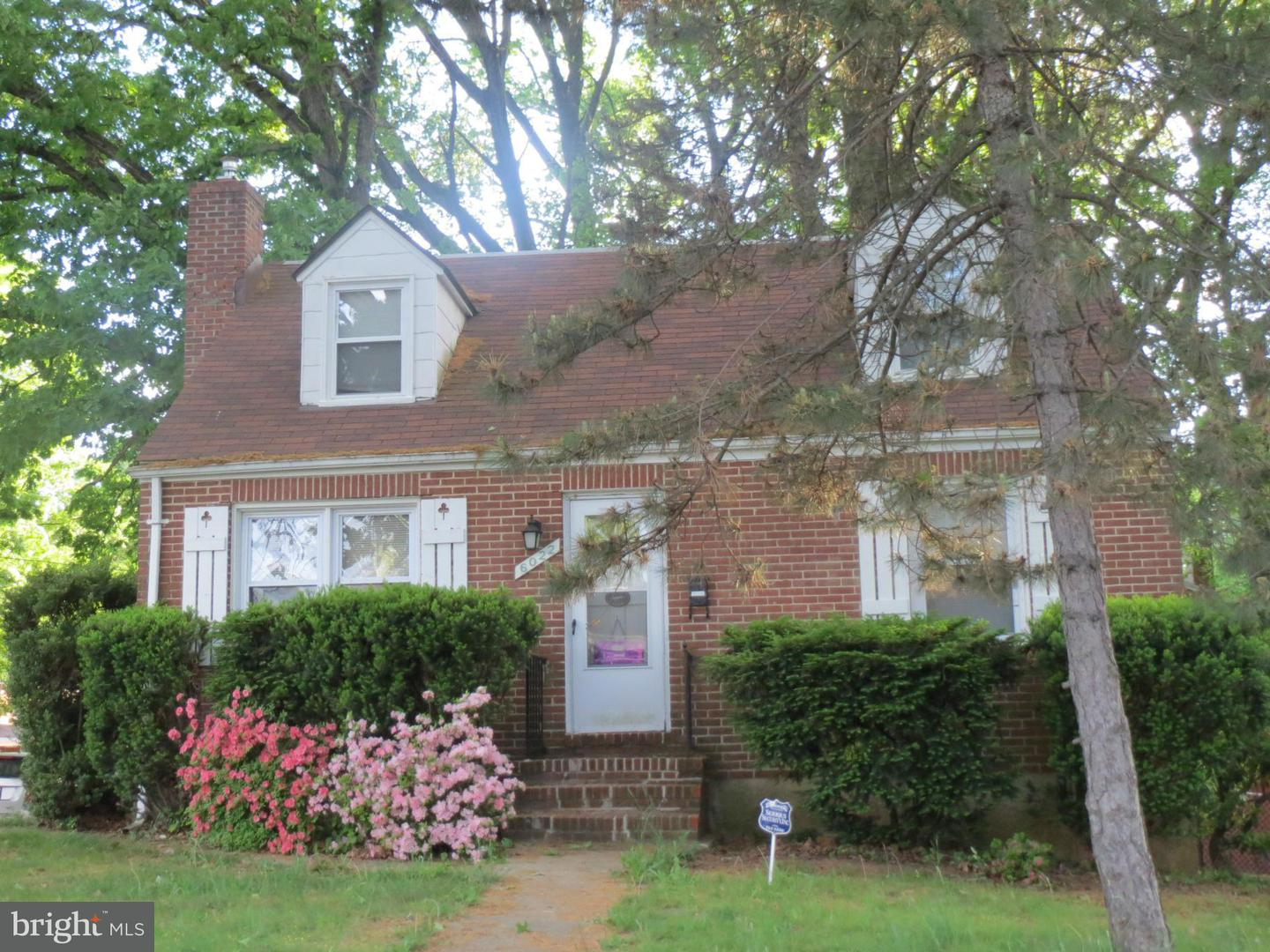 Single Family for Sale at 6022 Highgate Dr Baltimore, Maryland 21215 United States