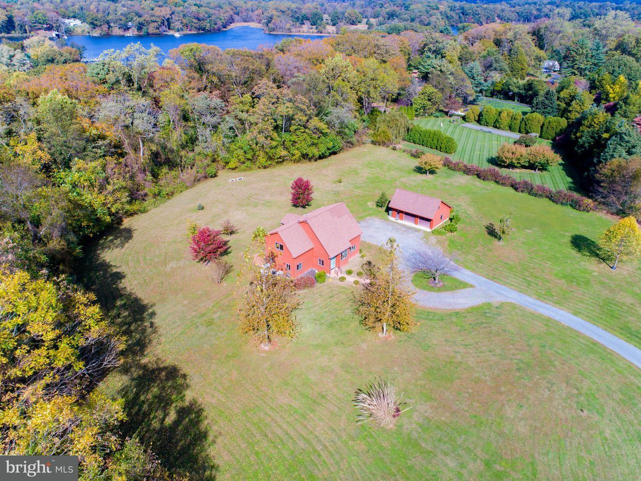 独户住宅 为 销售 在 13950 Huyett Lane 13950 Huyett Lane Galena, 马里兰州 21635 美国