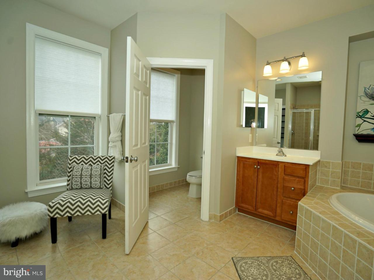 Additional photo for property listing at 232 Herndon Station Sq 232 Herndon Station Sq Herndon, Virginia 20170 Estados Unidos