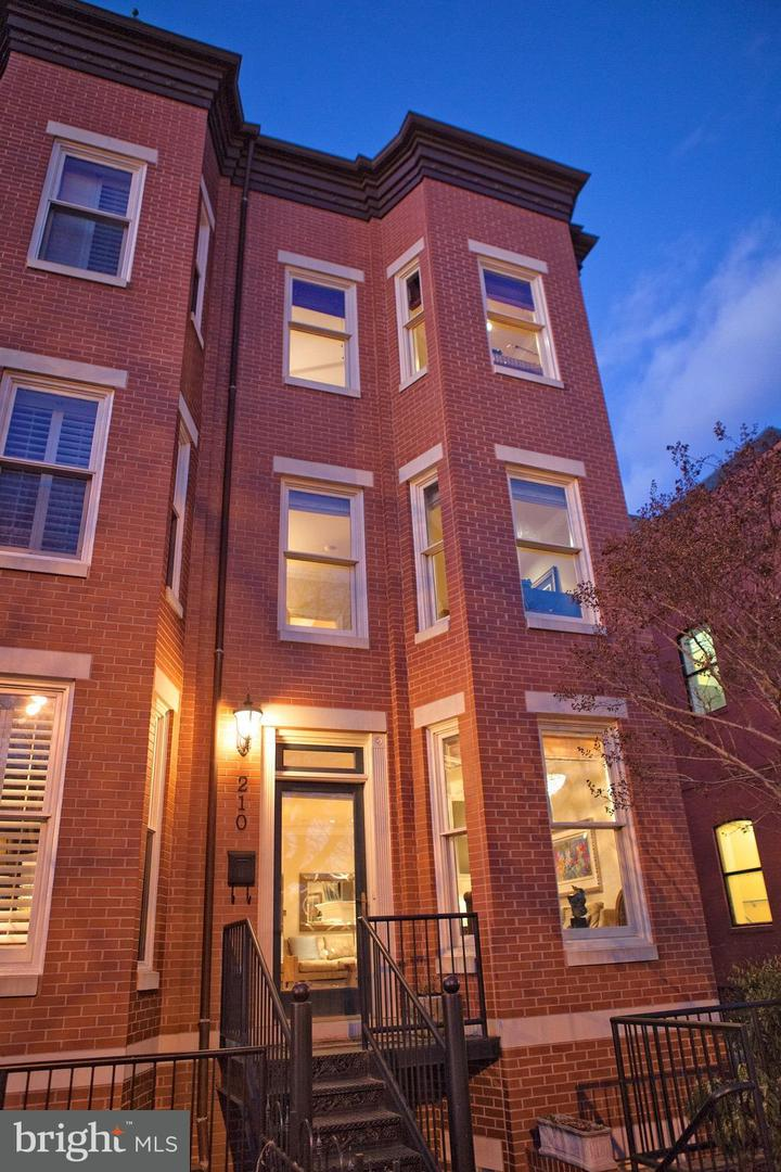 Single Family for Sale at 210 D St SE Washington, District Of Columbia 20003 United States