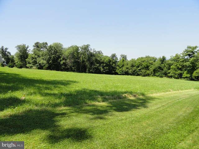 Additional photo for property listing at 13557 Edgemont Rd  Smithsburg, Maryland 21783 United States