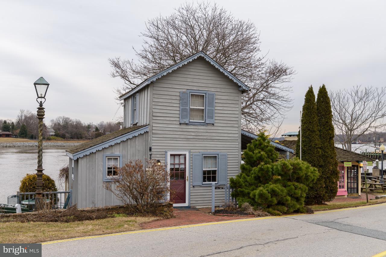 Single Family for Sale at 10 Bohemia Ave Chesapeake City, Maryland 21915 United States