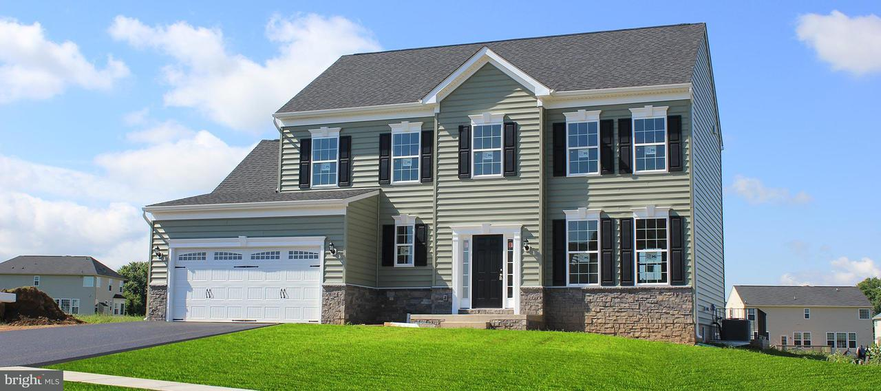 Single Family for Sale at 13216 John Martin Dr Williamsport, Maryland 21795 United States