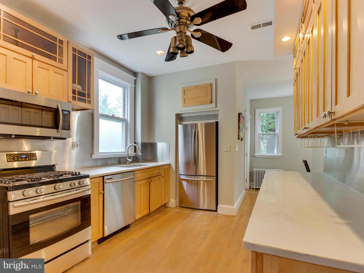 Additional photo for property listing at 1211 Farragut St Nw 1211 Farragut St Nw Washington, District Of Columbia 20011 Verenigde Staten