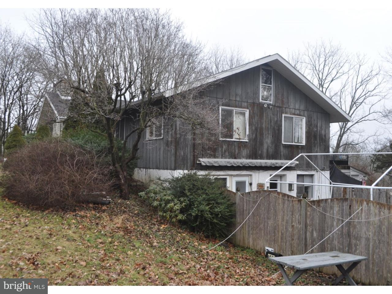 Maison unifamiliale pour l Vente à 6531 UPPER RIDGE Road Green Lane, Pennsylvanie 18054 États-Unis