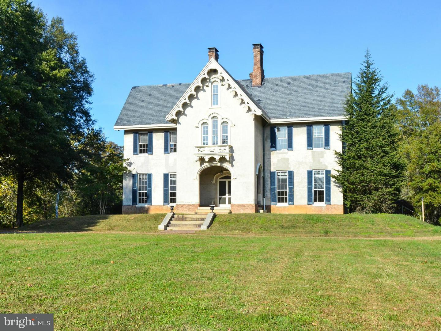 Single Family for Sale at 6073 Leedstown Rd Colonial Beach, Virginia 22443 United States