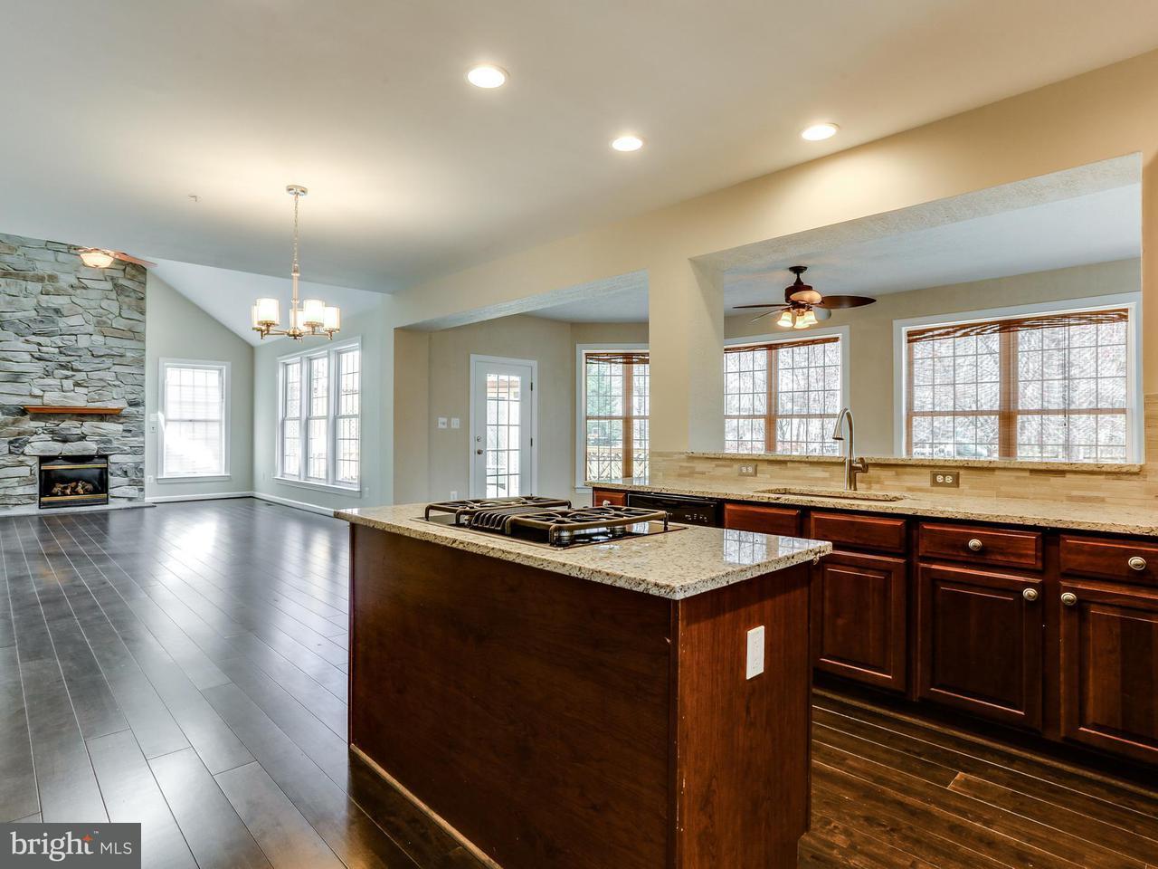 一戸建て のために 売買 アット 6207 Kinsey Ter 6207 Kinsey Ter Lanham, メリーランド 20706 アメリカ合衆国
