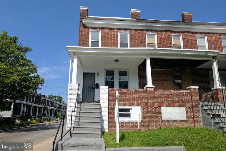 Single Family for Sale at 4000 Wilsby Ave Baltimore, Maryland 21218 United States
