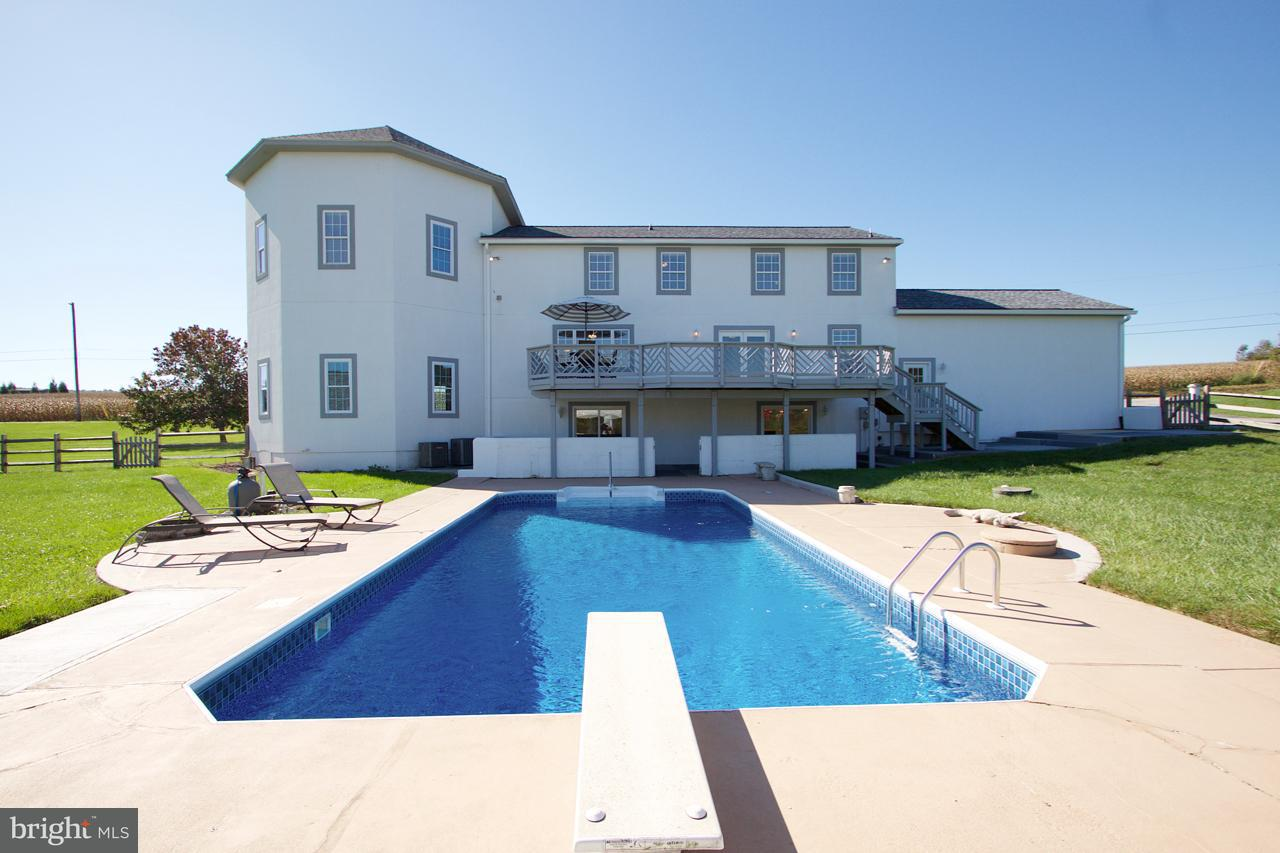 Single Family for Sale at 6088 Hofffacker Rd Glenville, Pennsylvania 17329 United States