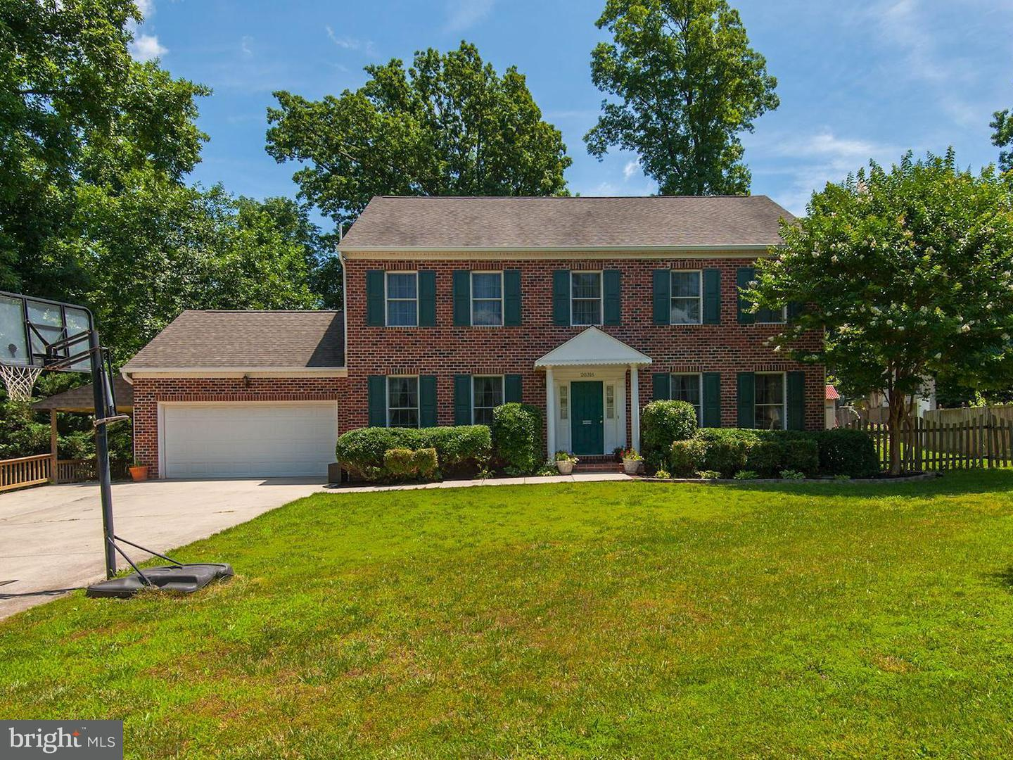 Single Family for Sale at 20316 Broad Run Dr Sterling, Virginia 20165 United States