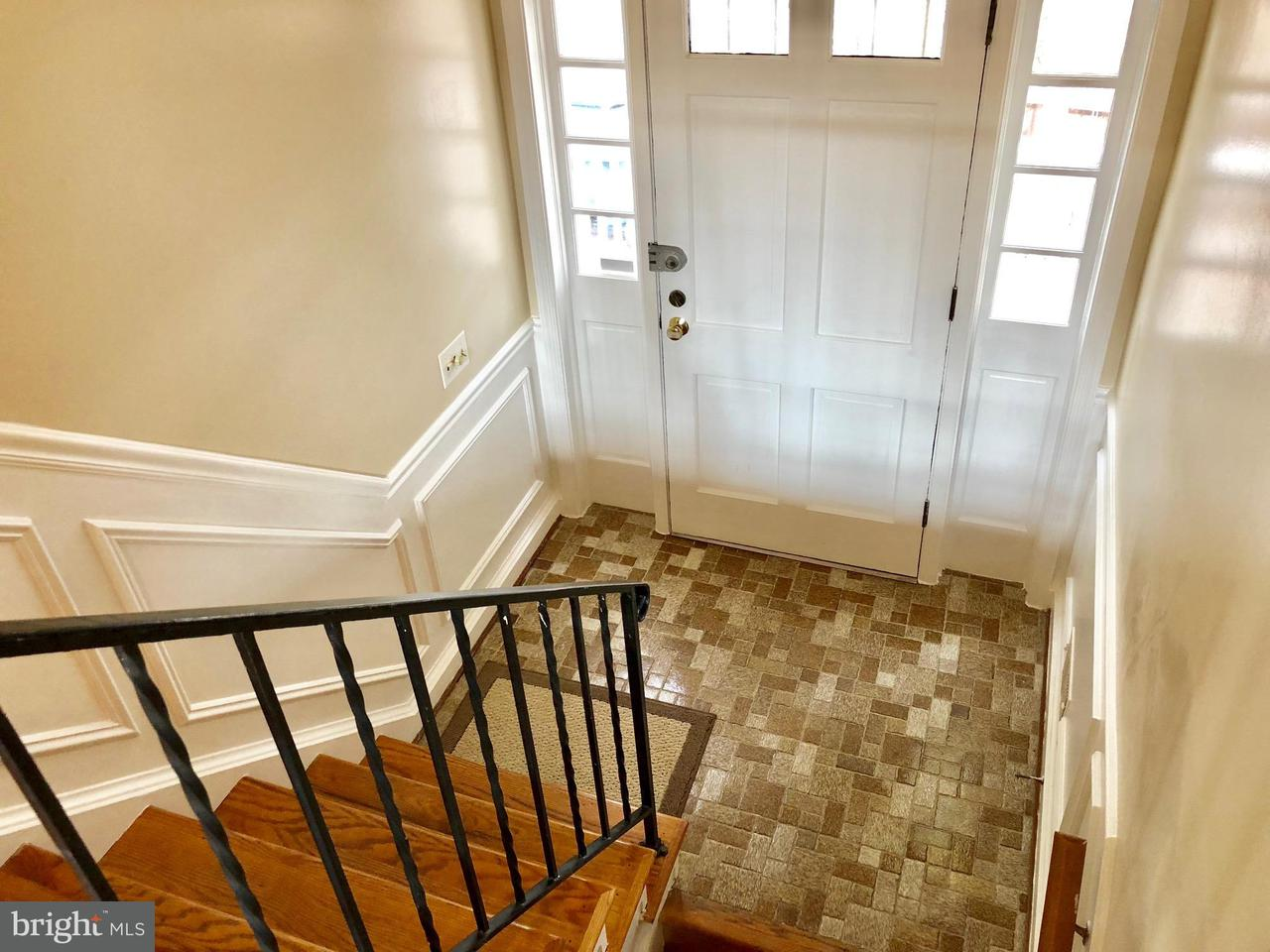 Additional photo for property listing at 6891 Chelsea Road 6891 Chelsea Road McLean, Virginia 22101 États-Unis