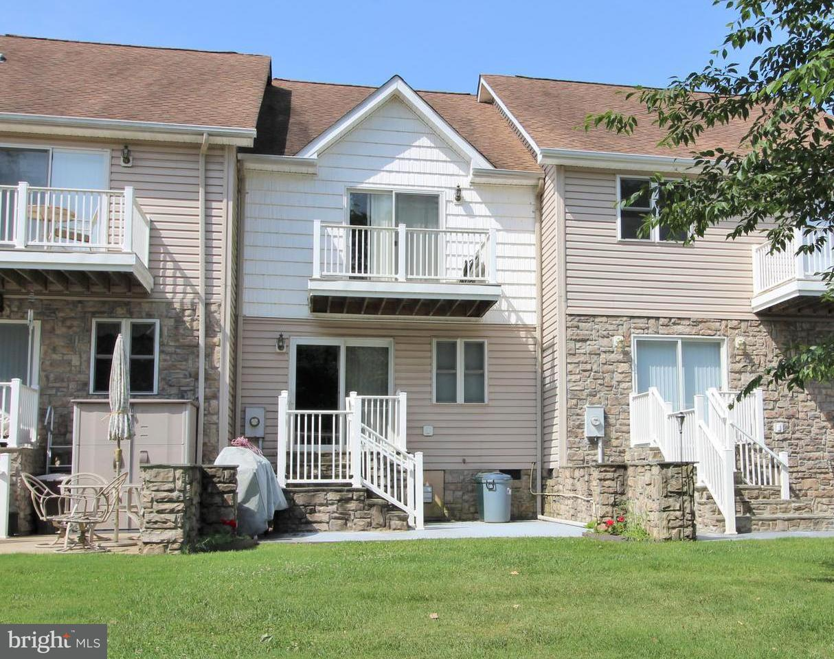 Photo of home for sale at 240 Lake Front Drive, Mineral VA