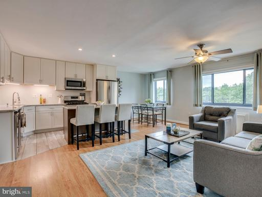 Property for sale at 1300 Arlington Ridge Rd S #105, Arlington,  VA 22202