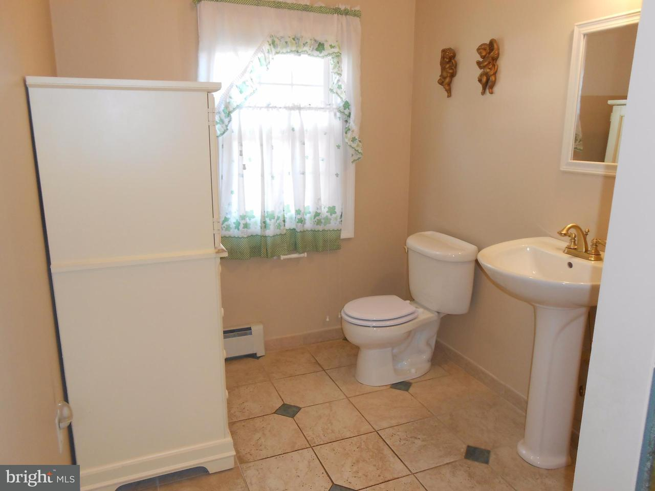 Additional photo for property listing at 8756 Signal Hill Road 8756 Signal Hill Road 马纳萨斯, 弗吉尼亚州 20110 美国