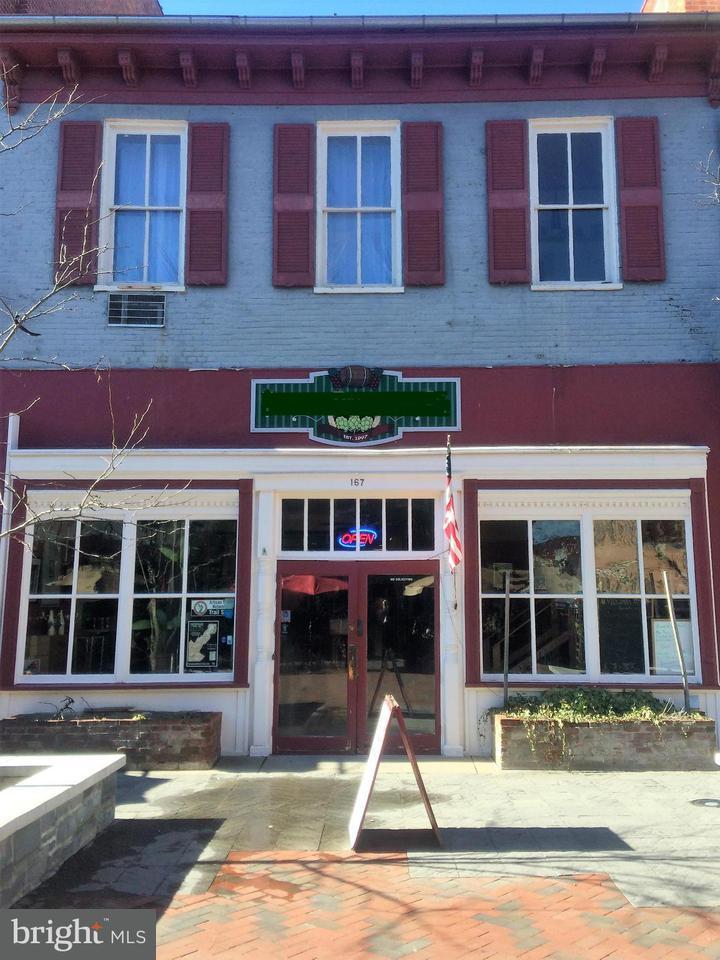 Commerciale per Vendita alle ore 167 S Loudoun Street 167 S Loudoun Street Winchester, Virginia 22601 Stati Uniti