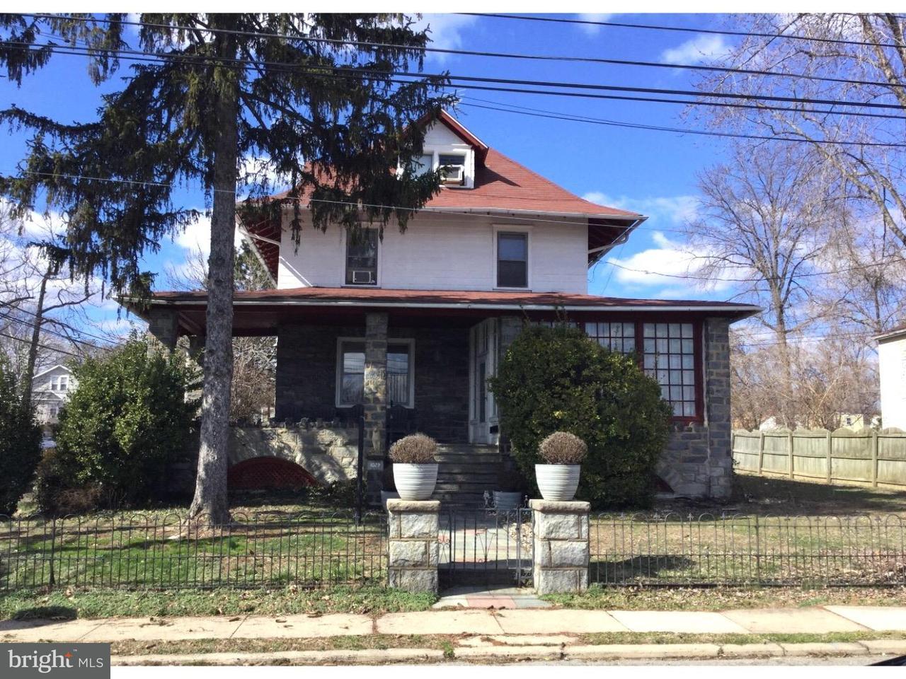 独户住宅 为 销售 在 1029 SPRUCE Street Collingdale, 宾夕法尼亚州 19023 美国