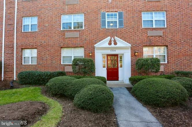Other Residential for Rent at 1704 Abingdon Dr #301 Alexandria, Virginia 22314 United States