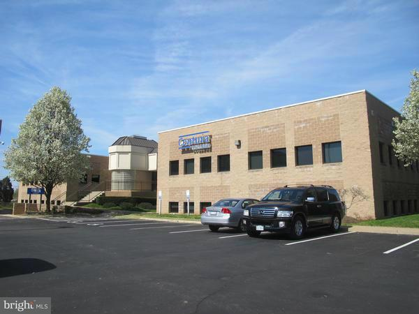 Additional photo for property listing at 8866 Rixlew Ln #2  Manassas, Virginia 20109 United States