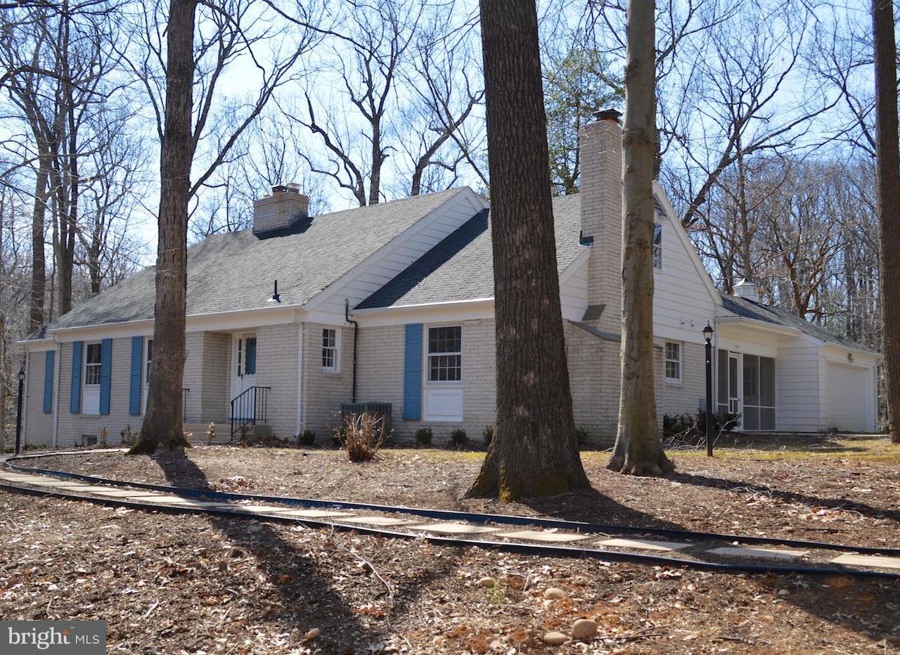 Vivienda unifamiliar por un Venta en 3030 Powder Mill Road 3030 Powder Mill Road Hyattsville, Maryland 20783 Estados Unidos