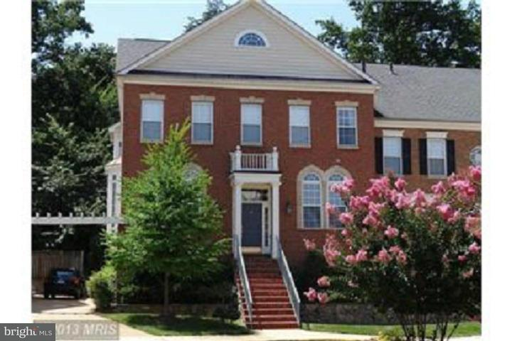 Other Residential for Rent at 1862 Amberwood Manor Ct Vienna, Virginia 22182 United States