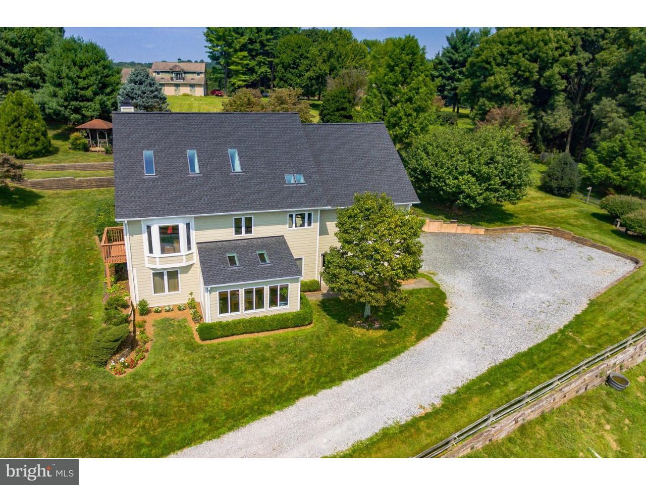 Частный односемейный дом для того Продажа на 8 SPRINGLEA Lane Chester Springs, Пенсильвания 19425 Соединенные Штаты