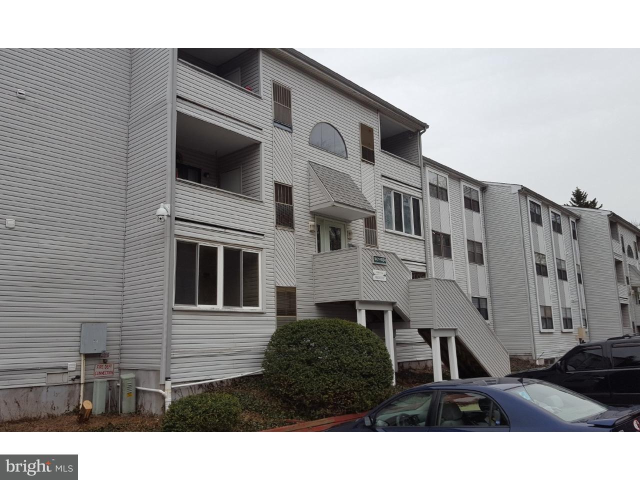 Частный односемейный дом для того Продажа на 1021 GOVERNOR Circle Wilmington, Делавэр 19809 Соединенные Штаты