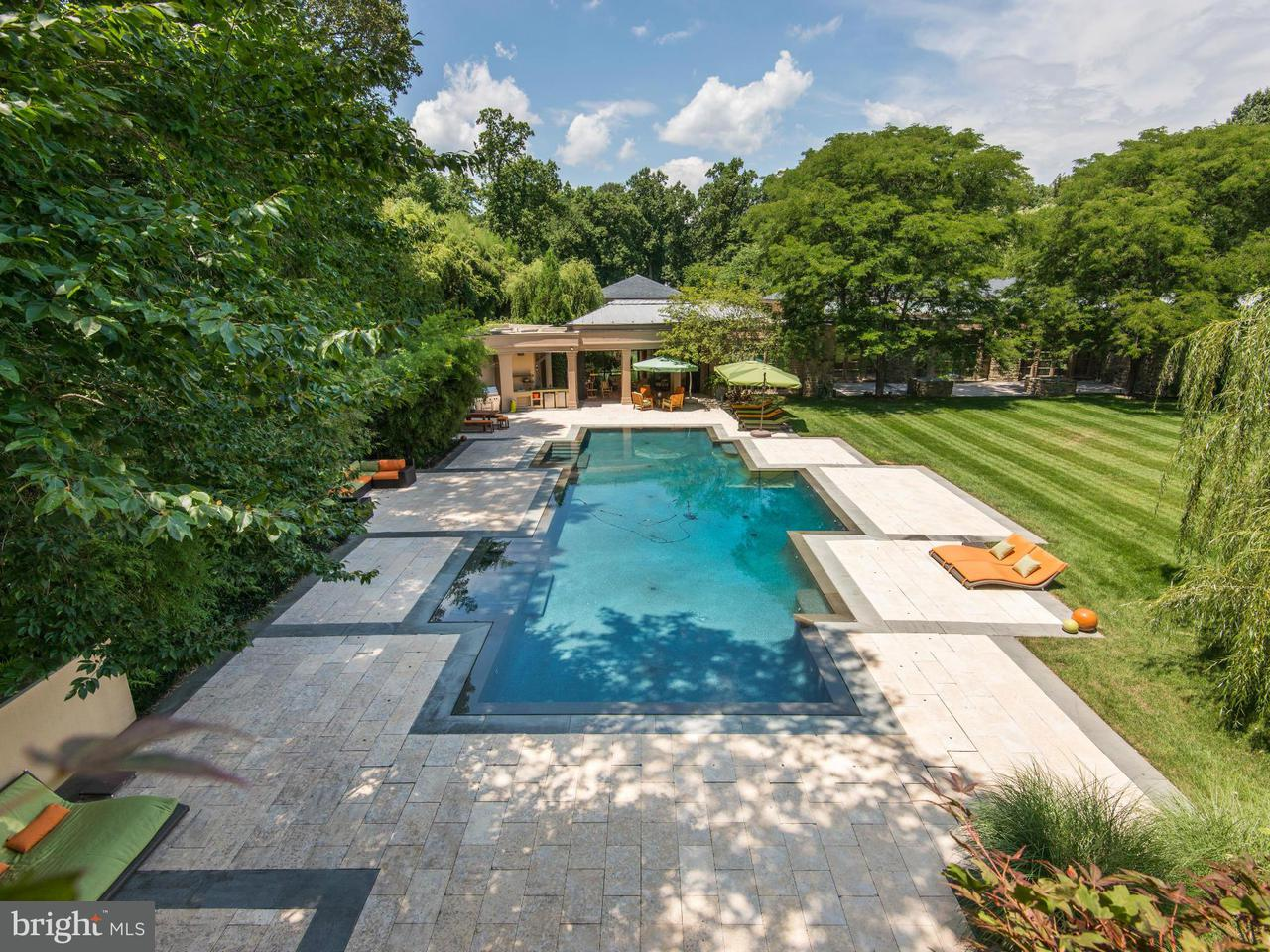 Additional photo for property listing at 10111 Iron Gate Rd  Potomac, Maryland 20854 United States