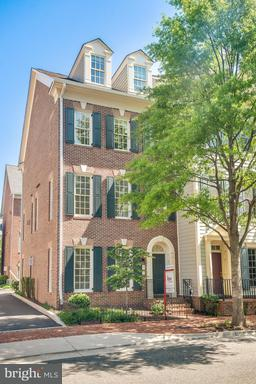 Property for sale at 721 Bracey Ln, Alexandria,  VA 22314