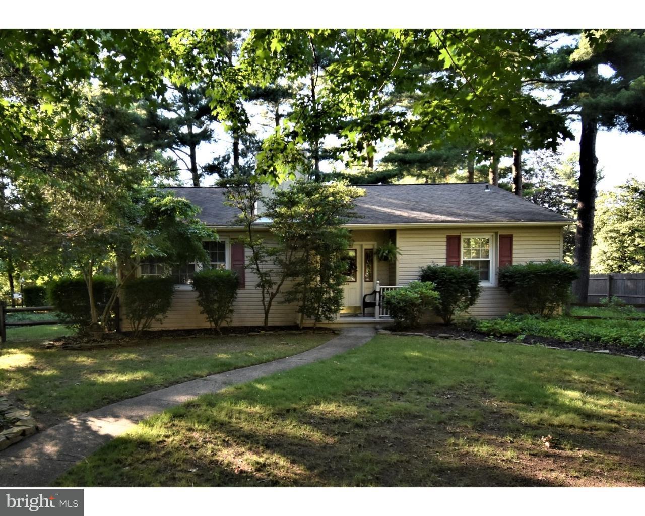 Частный односемейный дом для того Продажа на 211 W FRANKLIN Avenue Beverly, Нью-Джерси 08010 Соединенные Штаты
