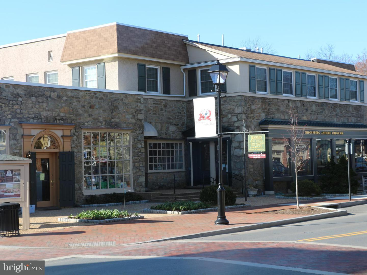 Other Residential for Rent at 105 Washington St W #a Middleburg, Virginia 20117 United States