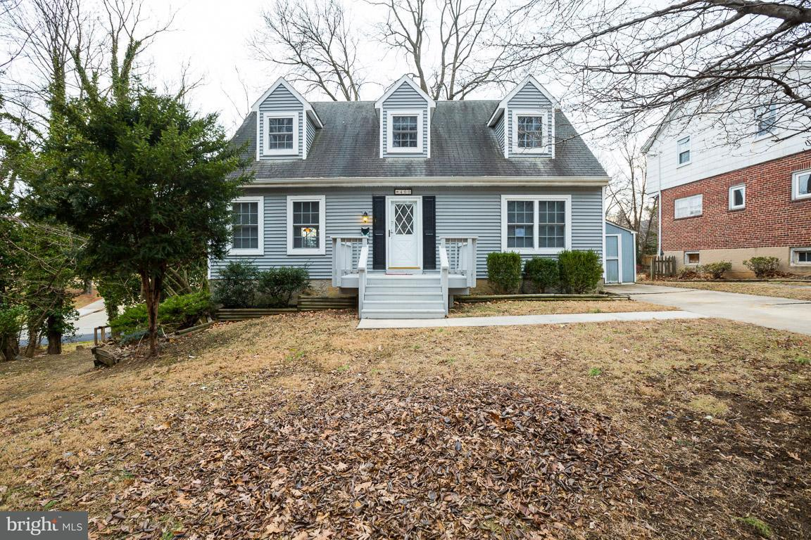 Single Family for Sale at 400 Westgate Rd Baltimore, Maryland 21229 United States