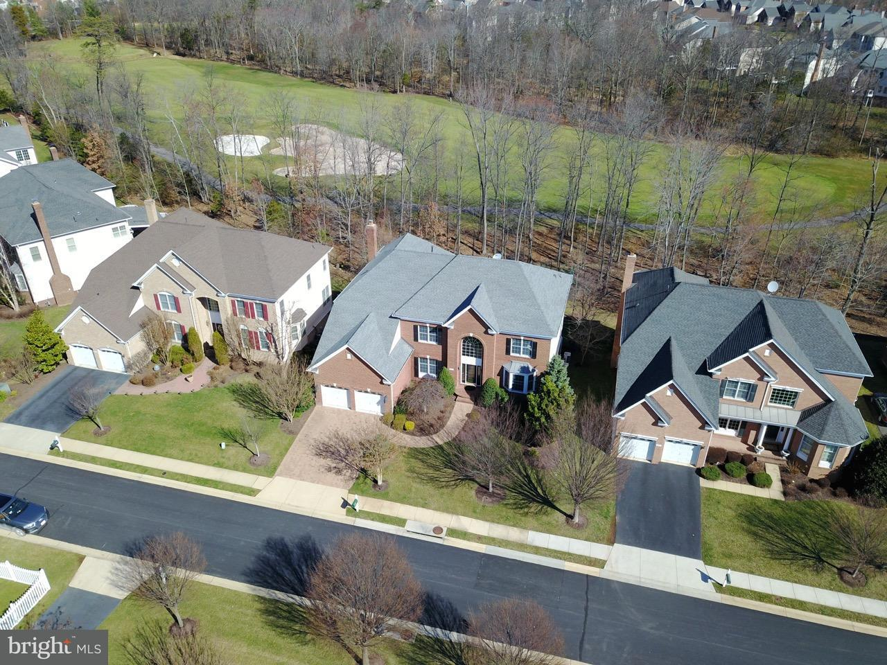 Single Family Home for Sale at 20319 Kiawah Island Drive 20319 Kiawah Island Drive Ashburn, Virginia 20147 United States