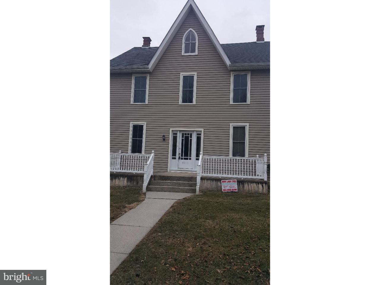 Частный односемейный дом для того Аренда на 45 N 3RD ST #APT 1 Oxford, Пенсильвания 19363 Соединенные Штаты