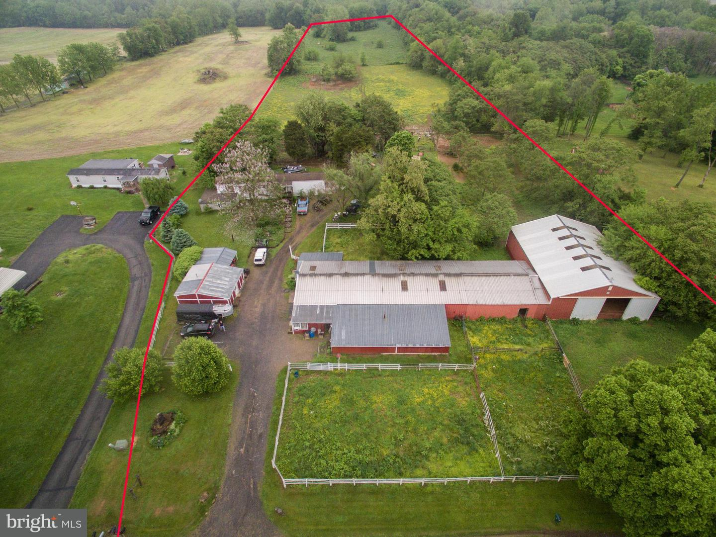 Farm for Sale at 1632016324 Woburn 16322 Rd Sharpsburg, Maryland 21782 United States