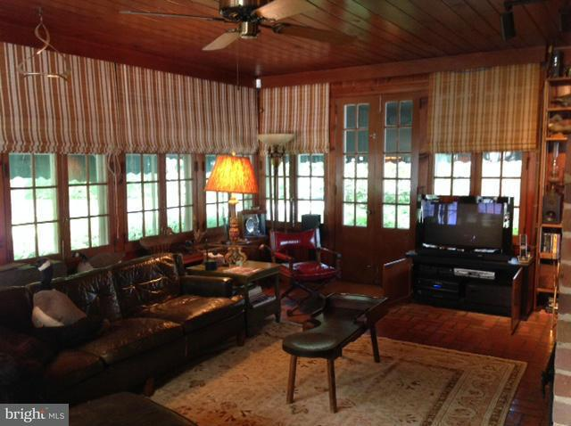 Additional photo for property listing at 5650 Beach Haven Road 5650 Beach Haven Road East New Market, Maryland 21631 Verenigde Staten