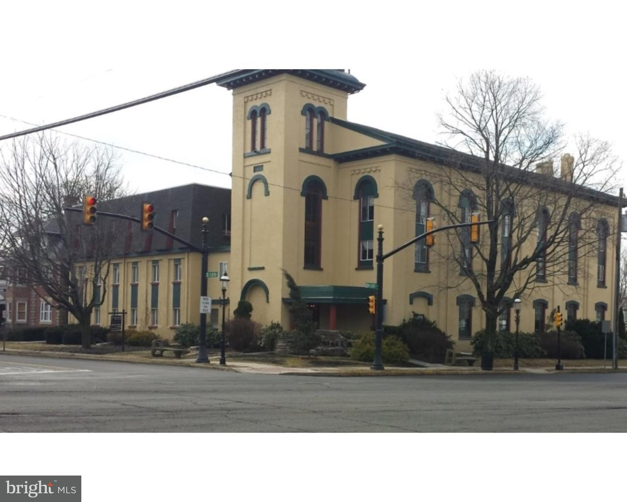 Single Family Home for Rent at 10 S CLINTON ST #3RD FL Doylestown, Pennsylvania 18901 United States