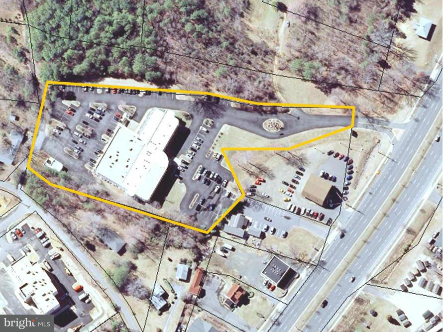 Commercial for Sale at 22560 Three Notch Rd SE California, Maryland 20619 United States