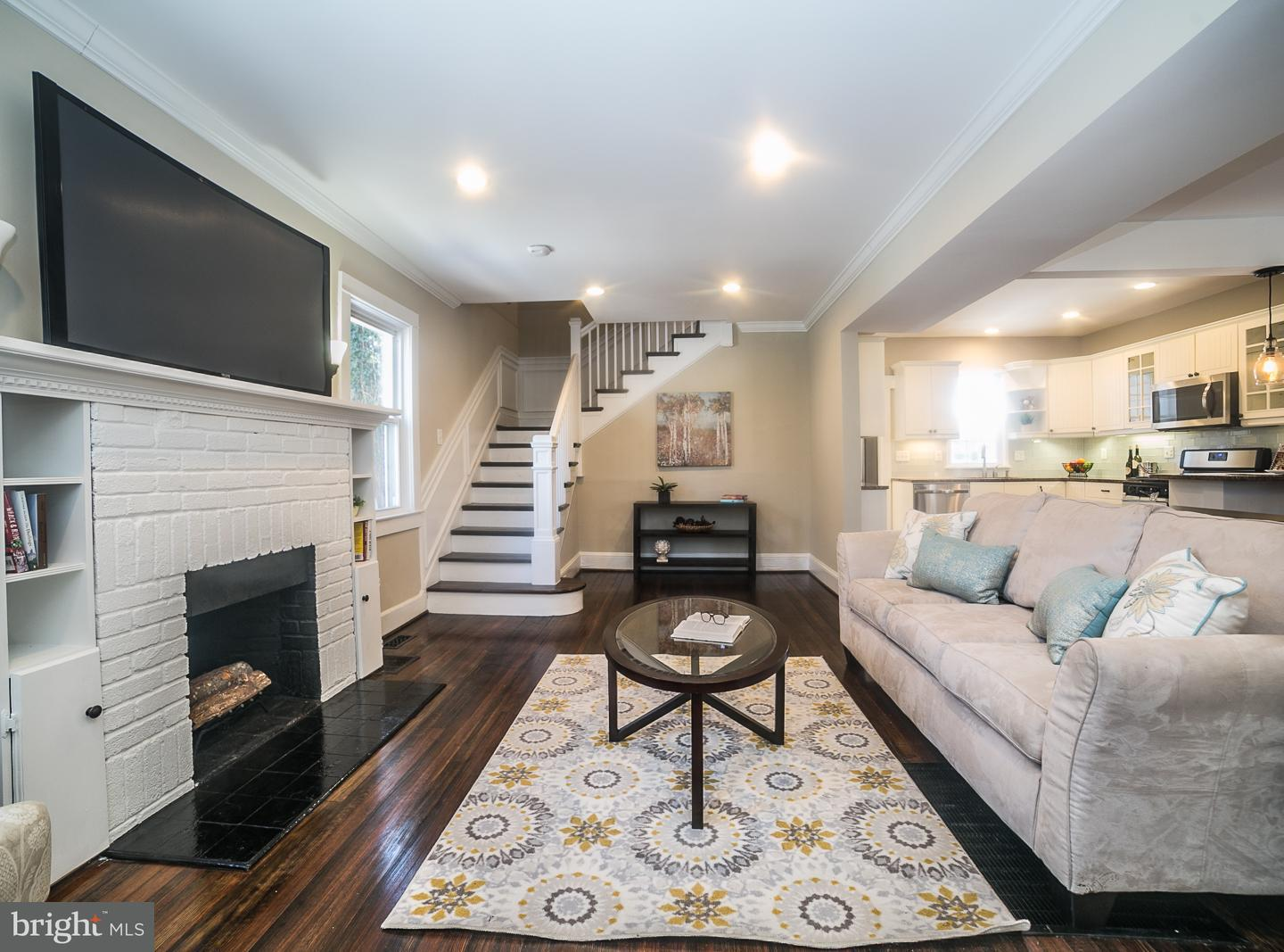 Single Family for Sale at 605 Saint Dunstans Rd Baltimore, Maryland 21212 United States