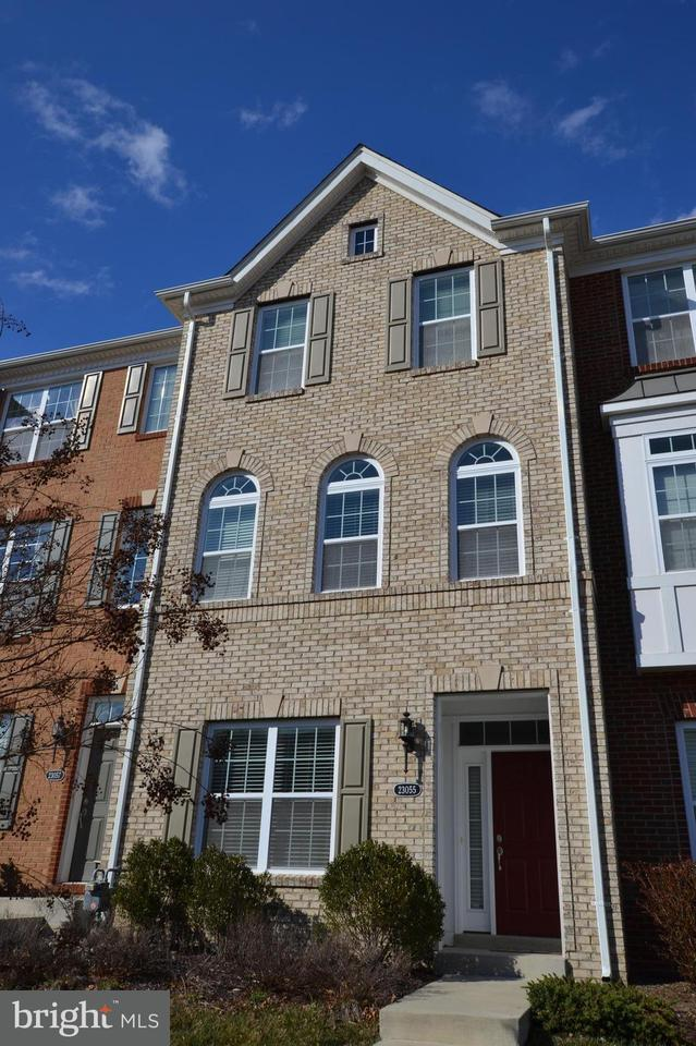 Other Residential for Rent at 23055 Weybridge Sq Broadlands, Virginia 20148 United States
