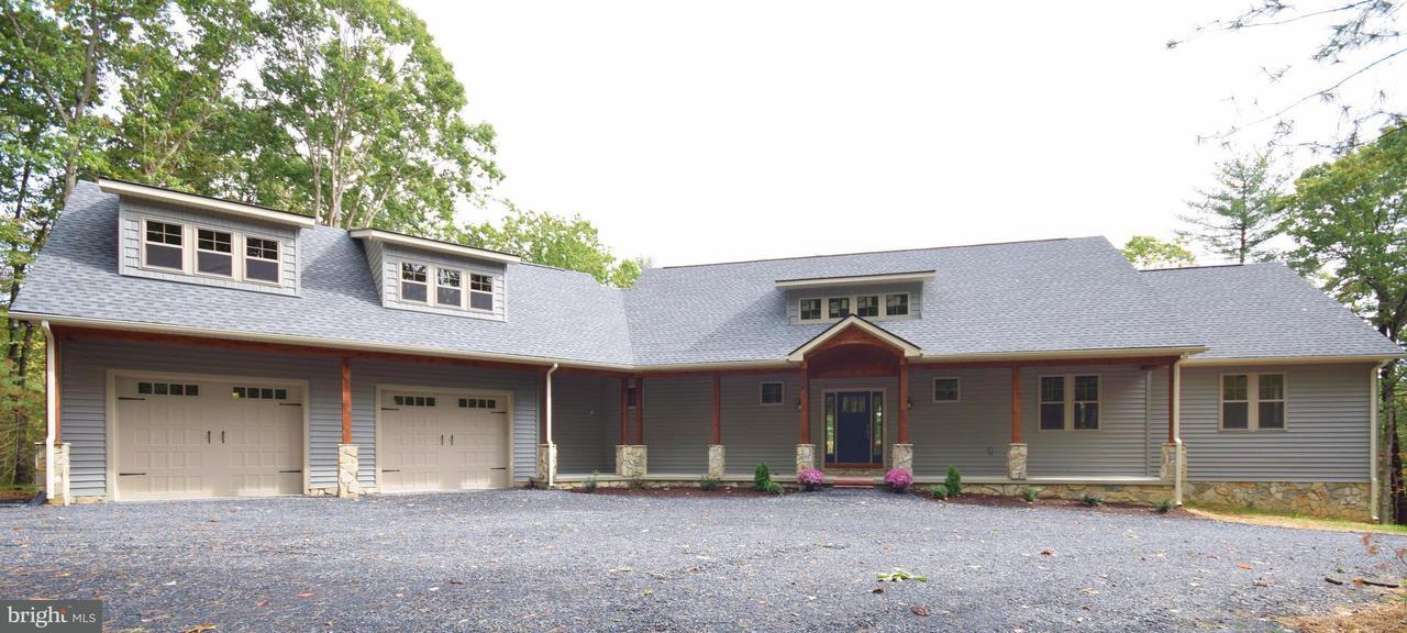 Villa per Vendita alle ore 495 Mountain Brook Lane 495 Mountain Brook Lane Bentonville, Virginia 22610 Stati Uniti