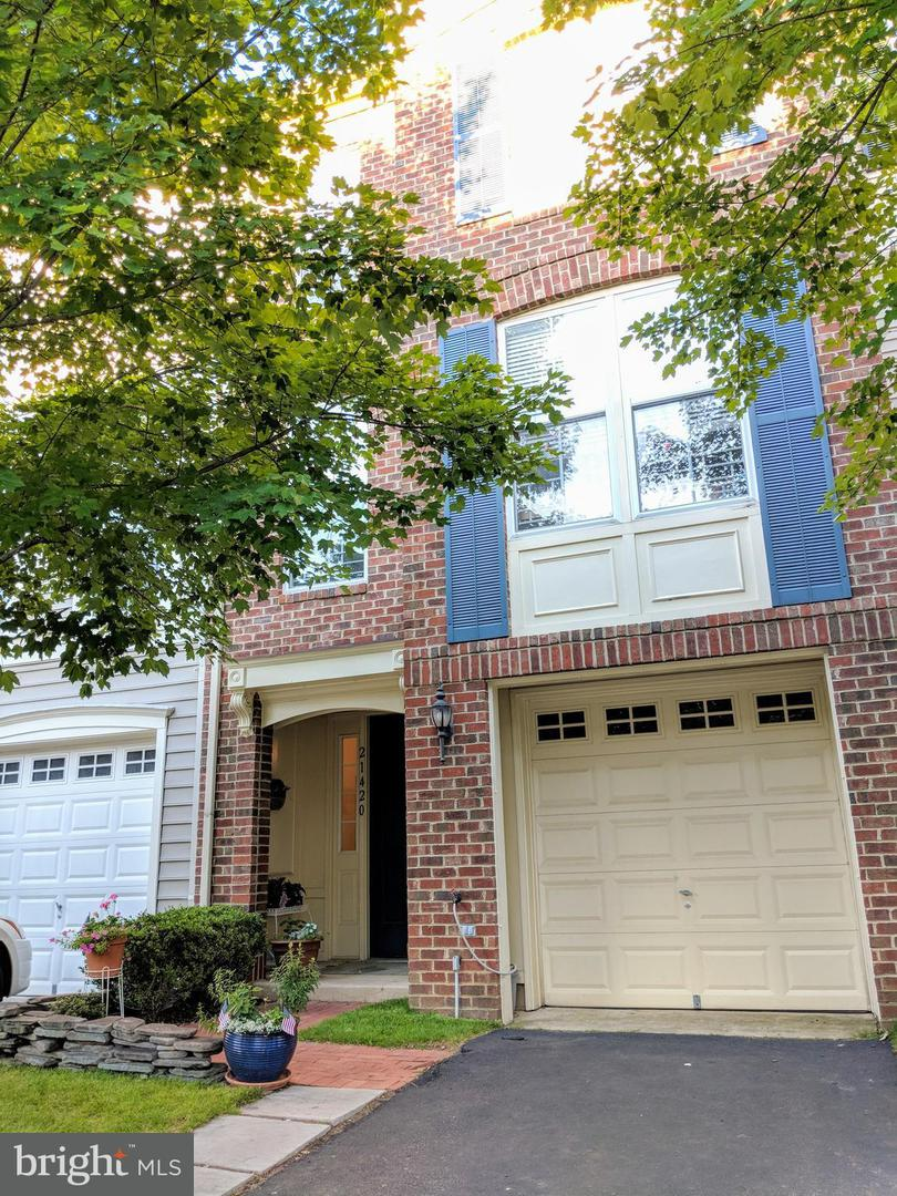 Other Residential for Rent at 21420 Falling Rock Ter Broadlands, Virginia 20148 United States