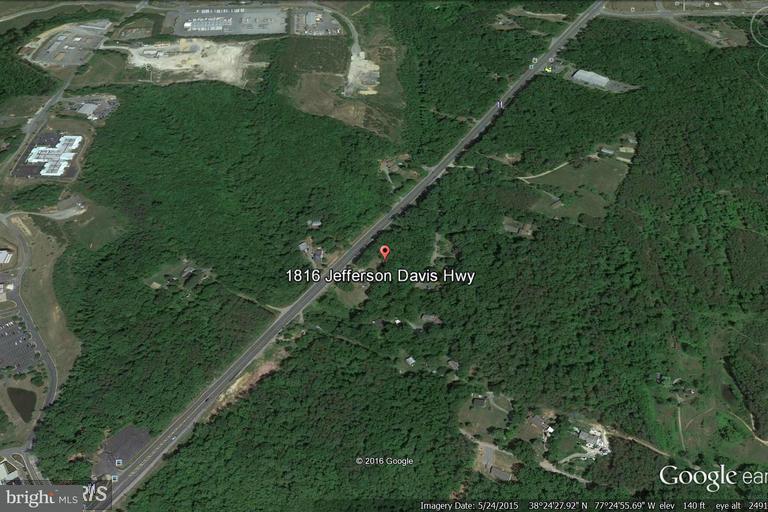 Terrain pour l Vente à 1816 Jefferson Davis Hwy 1816 Jefferson Davis Hwy Stafford, Virginia 22554 États-Unis