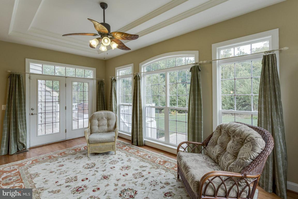 Additional photo for property listing at 1017 E Kensington Cir E 1017 E Kensington Cir E Fredericksburg, Virginia 22401 Verenigde Staten